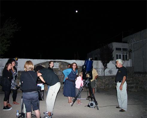 Εκδήλωση ΣΕΑ στις Αλόιδες Κρήτης - παρατηρώντας από τα τηλεσκόπια