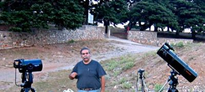 Ο Fred Ley με τηλεσκόπια